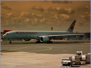 Flugzeug_von Seite fotografiert_wikicommons_calflier001