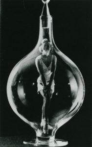 Bild von dem Buch: Man Ray: Bazaar Years